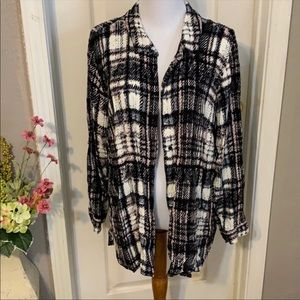 Philosophy black and pink plaid button down XL